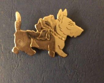 Sweet Vintage Silver Scottie Highland Terrier Dog Pin