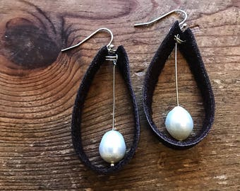 Leather Pearl Dangling Earrings