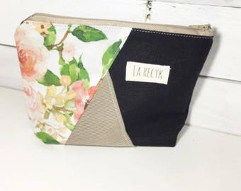 Small pouch, cosmetics, flowers