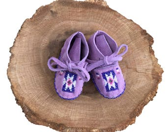 Baby Shower Gift-Baby Soft Sole Leather Shoes-Moccasins-Native American Art-Beaded Moccasins-Boy-Girl Moccasin-PURPLE