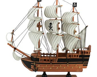 Miniature pirate boat, pirate ship, pirates of the caribbean ship