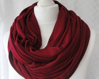 Chunky Burgundy infinity scarf, Circle scarf, Burgundy scarf, Viscose scarf, Winter scarf, Statement scarf