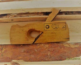 Vintage Wooden Plane Planer Carpenter's  tool Primitive antique Wooden Plane