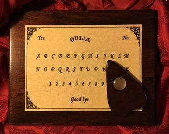 Ouija Board And Planchette Set