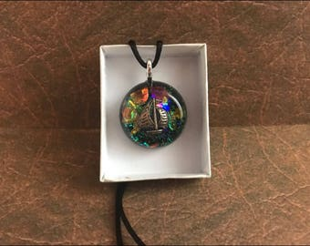 Pendant , circled resin , boat charm