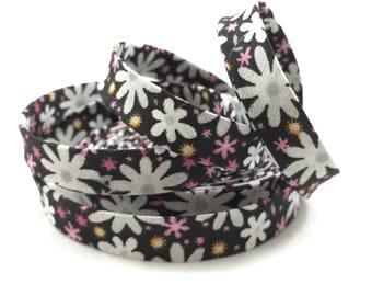 "Black w/ White & Pink Flowers 1/2"" Double Fold Bias Tape"
