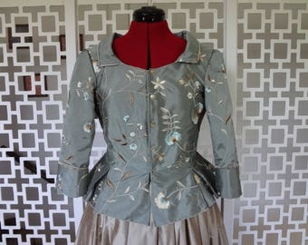 Historical garment, 18th century inspired costume for women, ridding hunting dress made in silk - Size M