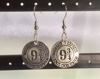 Harry potter 9 3/4 hogwarts express hook earrings