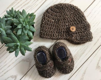 Boys Winter Newsboy Hat with Wood Buttons