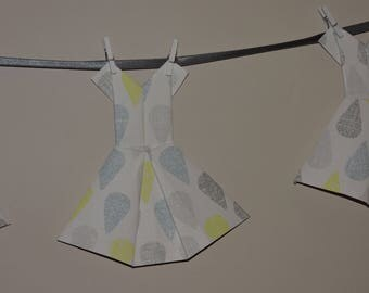 Garland 6 origami dresses raindrops gray blue yellow