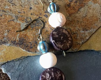 Simple Earthy-Style Earring with Wooden and Bone Beads
