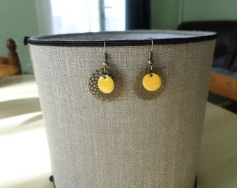 Earring bronze rose and yellow sequin