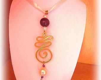 Necklace Golden arabesques