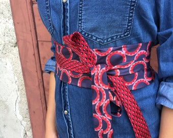 Red and blue obi belt