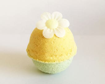 Lemon Meringue Pie | Bath Bomb
