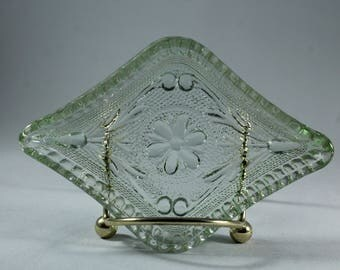 Tiara Sandwich Chantilly Green Diamond Ash Tray
