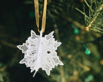 Snowflake Ornament, Christmas Ornament, Lace Ornament, Embroidered Ornament, FSL Ornament, Snowflake Embroidery, Lace Snowflake, 3D Ornament