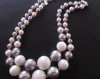 Vintage Double Strand of Graduated Pale Pink, Lavender & White Lucite Bead Necklace