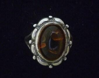 Vintage Sterling Silver And Amber Signed V8 .925 Statement Ring