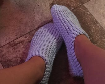 Womens Slippers/Houseshoes