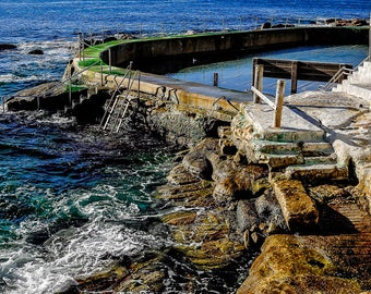 ocean print / beach photography / art prints / wall art prints / beach wall art / home decor / beach decor / beach print / sea print / blue