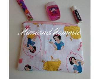 Snow-white pouch