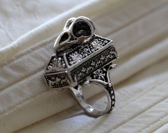 Gothic Coffin Ring // Victorian Poison Ring // Casket Ring // Bird Skull Ring // Compartment Ring // Silver Magnetic Lid Ring
