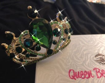 Emerald Green Crown Crystal Cuff Bracelet