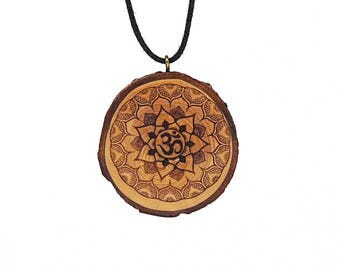 "Soul slices ""Mandala 1"" wooden necklace, Vintage * Ethno * hippie * MUST have * statement *"