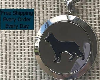 Dog-Silhouette aromatherapy pendant