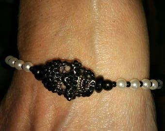 """Handmade 7"""" Black and White Beaded Skull Bracelet"""
