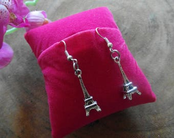 Earrings the Eiffel Tower of Paris!