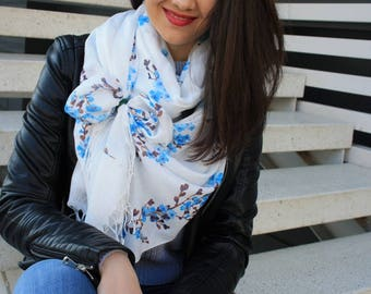 cotton scarf, shawl, scarves, woman scarf, Gift for her, Gift for women, gift, scarf for women, paint scarf, beautiful scarf, floral scarf