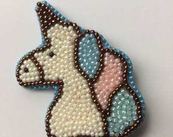 Unicorn Pattern Embroidered Patch Beaded Brooch Pin Badge Enamel Embroidery Art Unique Gift
