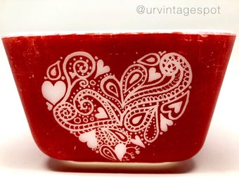 Red Pyrex / Hand Etched / Heart Design / Pyrex Gift / Pyrex Present / Valentines Day Gift / Rare Pyrex / Gifts for Her / Pyrex Collector