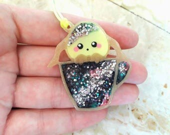 Kawaii Bunny pendant necklace in Uv resin and Uv Gel Galaxy Cup with Glitter. Cordina Rainbow. HANDMADE