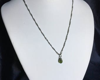 Green gem adjustable necklace