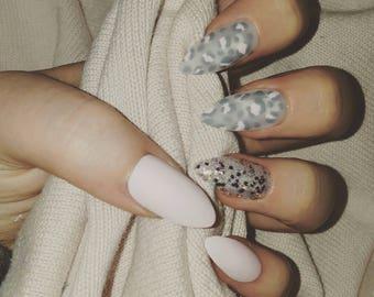 False Nails - Snow Leopard