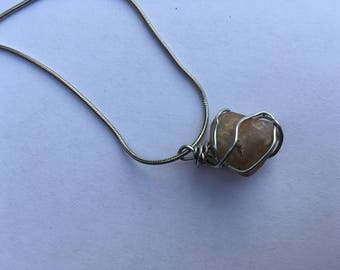 Wire Stone Chain Necklace