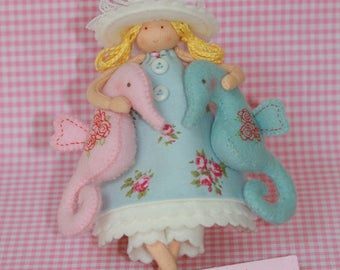 Beach girl with seahorses of felt-Handicraft package