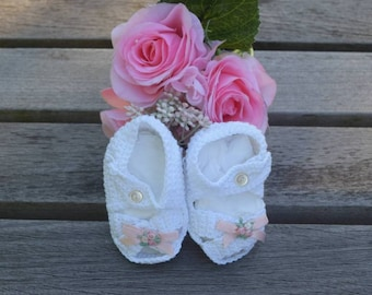 Delicate Baby Knitted Sandals