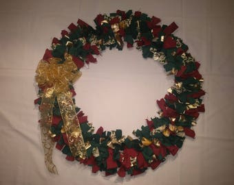 Christmas Green and Red Cloth Wreath