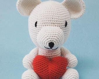 Teddy amigurumi with heart. Crochet bear made by hand with 100% cotton thread.