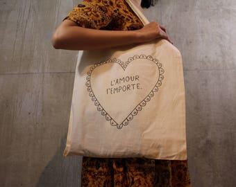 L'Amour L'Emporte - Love Wins Tote