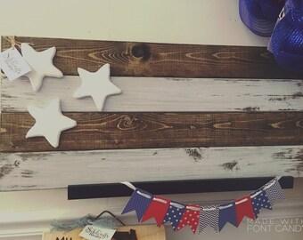 Farmhouse Flag / Farmhouse Decor / July 4th Decoration / Rustic Patriotic