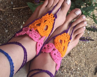 Barefoot Sandals, FREE SHIPPING, Skull Barefoot Sandals, Day of the Dead sandals, Crochet Barefoot Sandals