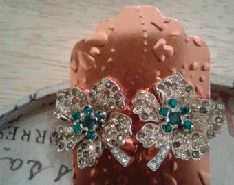 Jomaz vintage earring emeral and diamond baggets
