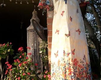 1970s Linen Hippie Love Child V neck Garden Dress