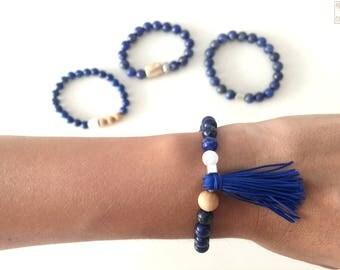 Beaded bracelet lapis lazuli, white jade and wood, tassel and silver bin