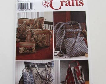 Woman's Totebag, Backpack, Zip Pouch, Purse, Simplicity 9779 - Uncut